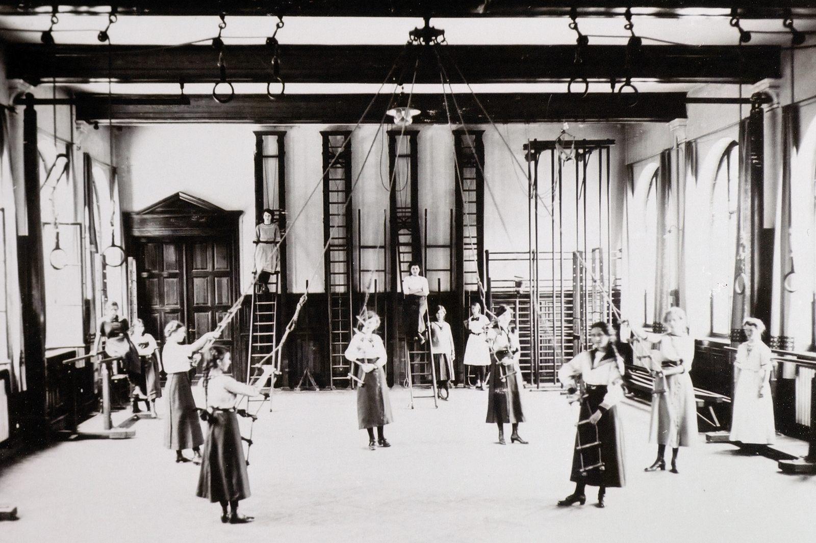 1908 Turnhalle1600