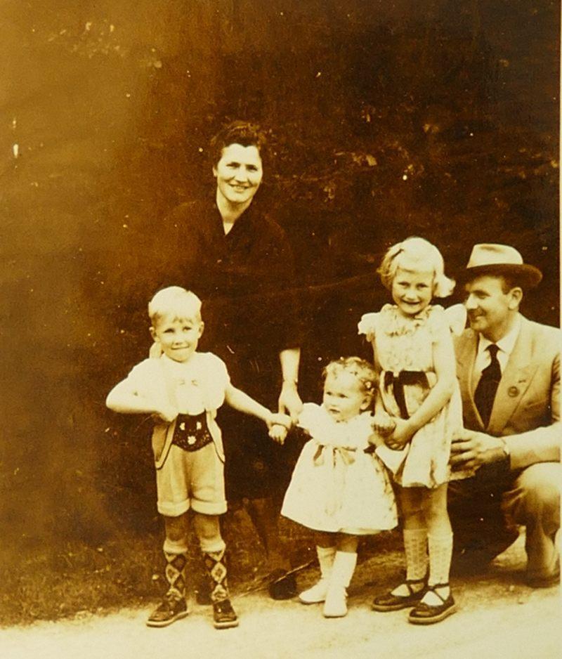 Friedel, Gundi, Gaby und meine Eltern