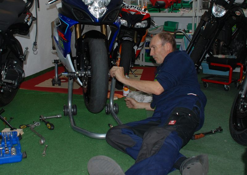In einer solchen Garage ist immer was zu tun. Was man selbst macht, ist sicher.