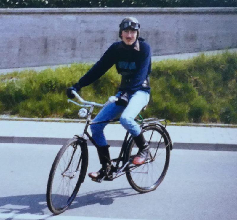 Ja, beherrsche ALLE Zweiräder