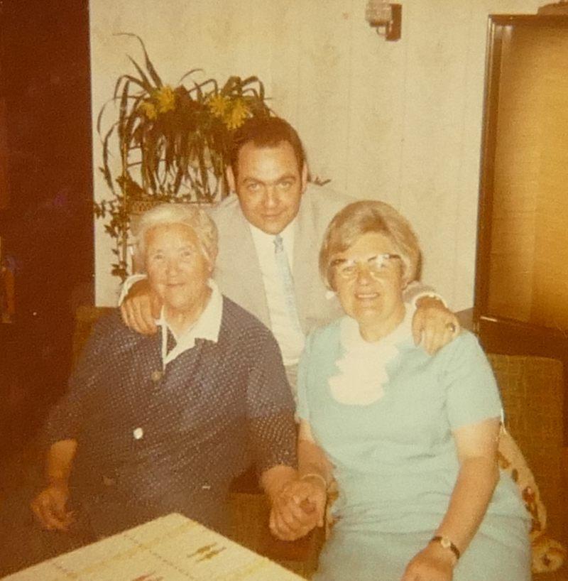 Drei Generationen: Oma Anna, Heinz aus Münster und seine Mutter Therese