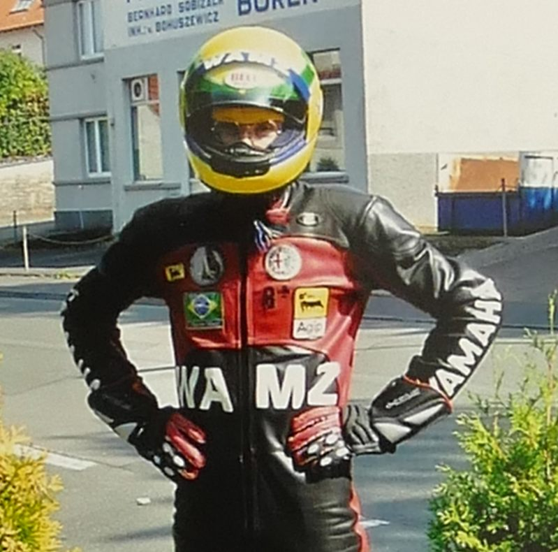 Ayrton Helm2