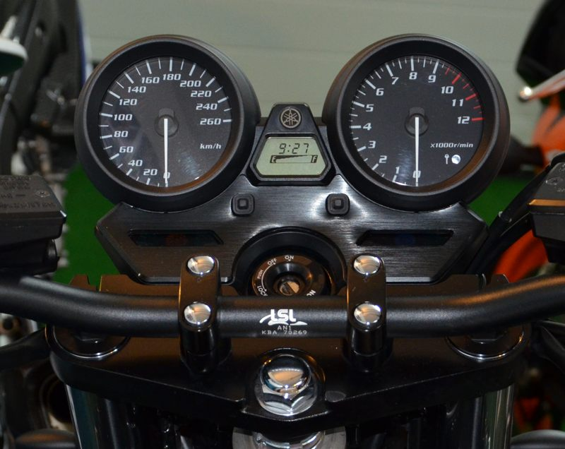 2010er Yamaha XJR1300 Instrumente