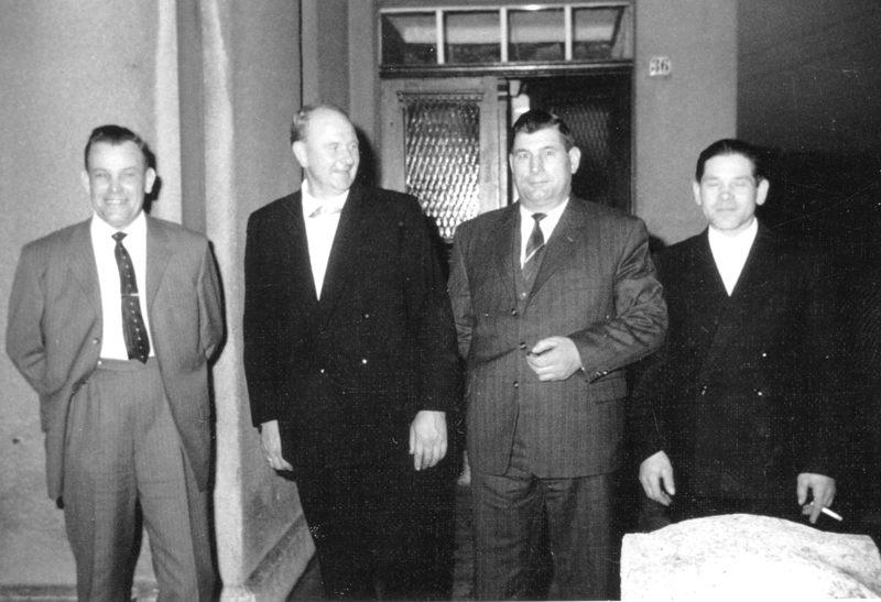 Johannes Lappe, Papa, Willi Bensing, Heinz Meier bei Geburtstagsfeier in den 1960ern