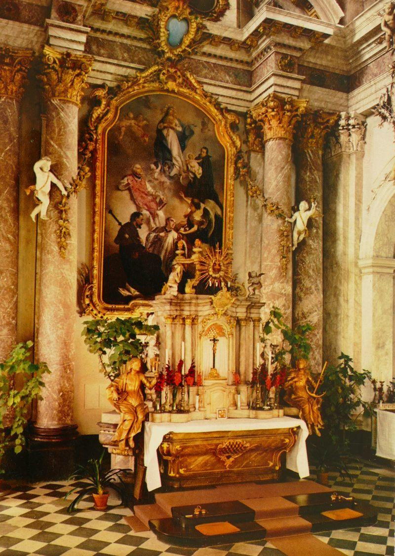 Innenraum der Jesuitenkirche in den 1960ern