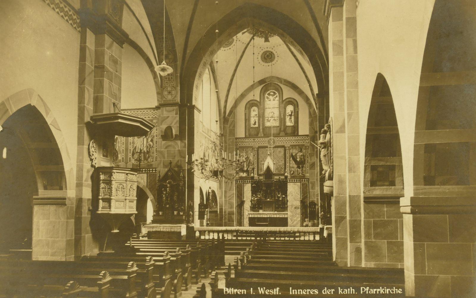 Der Innenraum der Pfarrkirche 1940