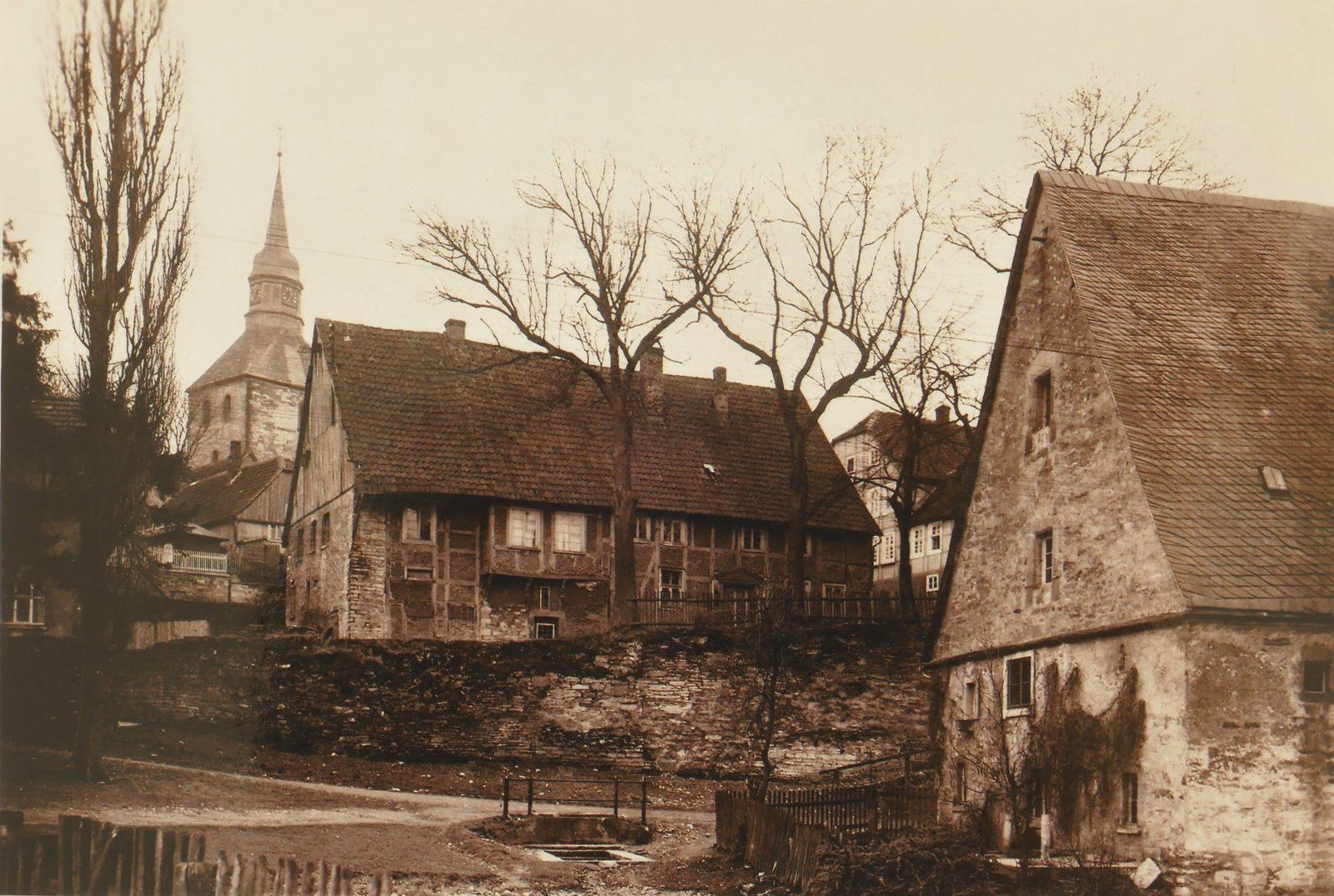 Die Mittelmühle mit der Westmauer