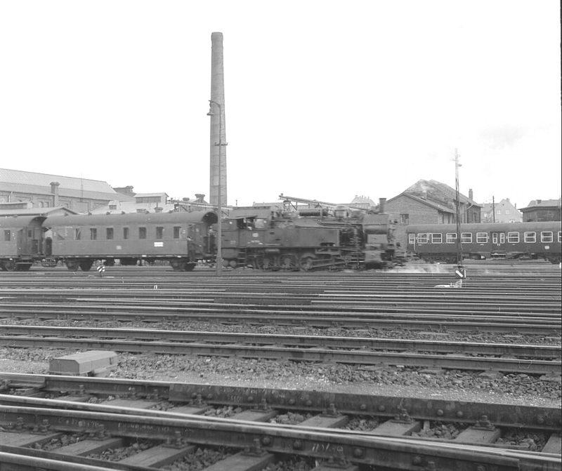 08 pbhbf_br94_schiebt Perszug 1964 Büren-Brilon