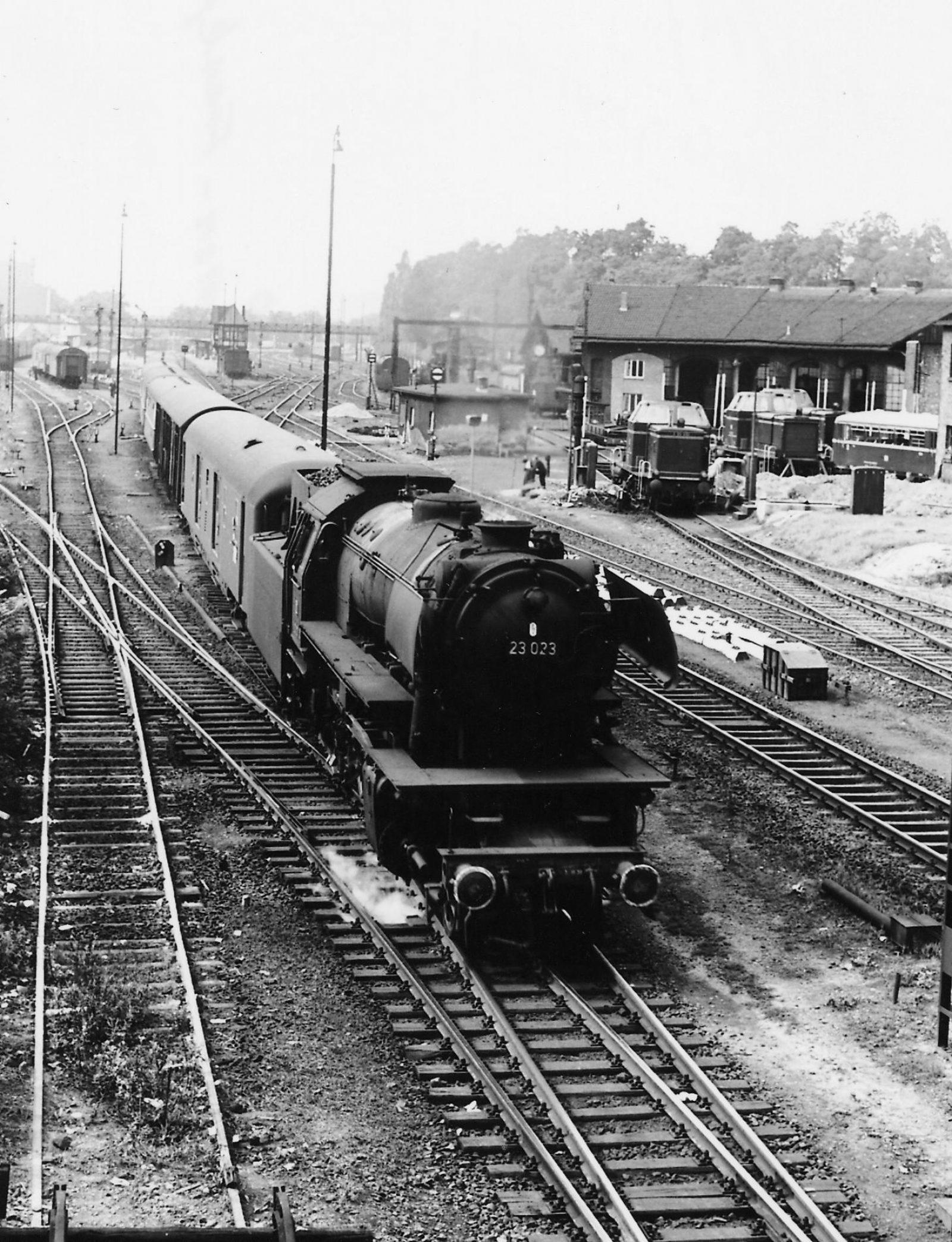18 E452 196008 in Marburg JAB