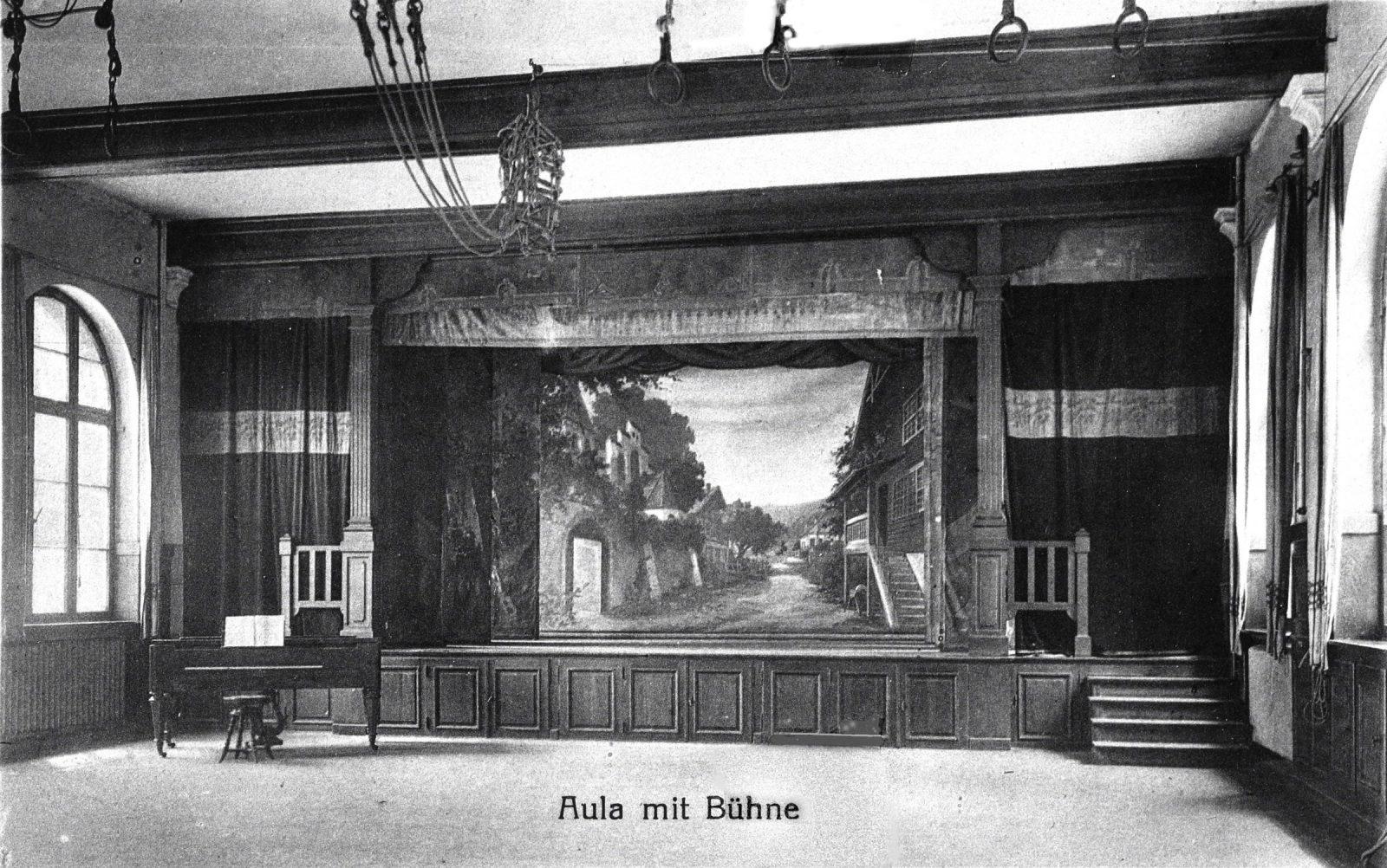 1920 Turnhalle1600