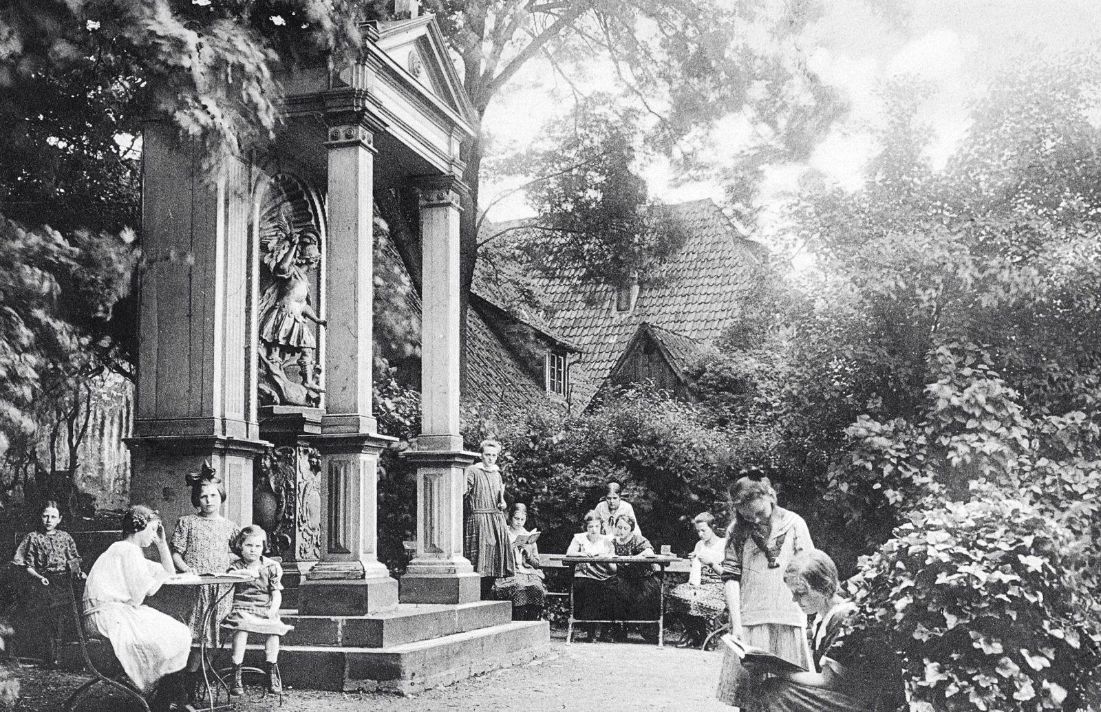 1925 Gartenpartie1600