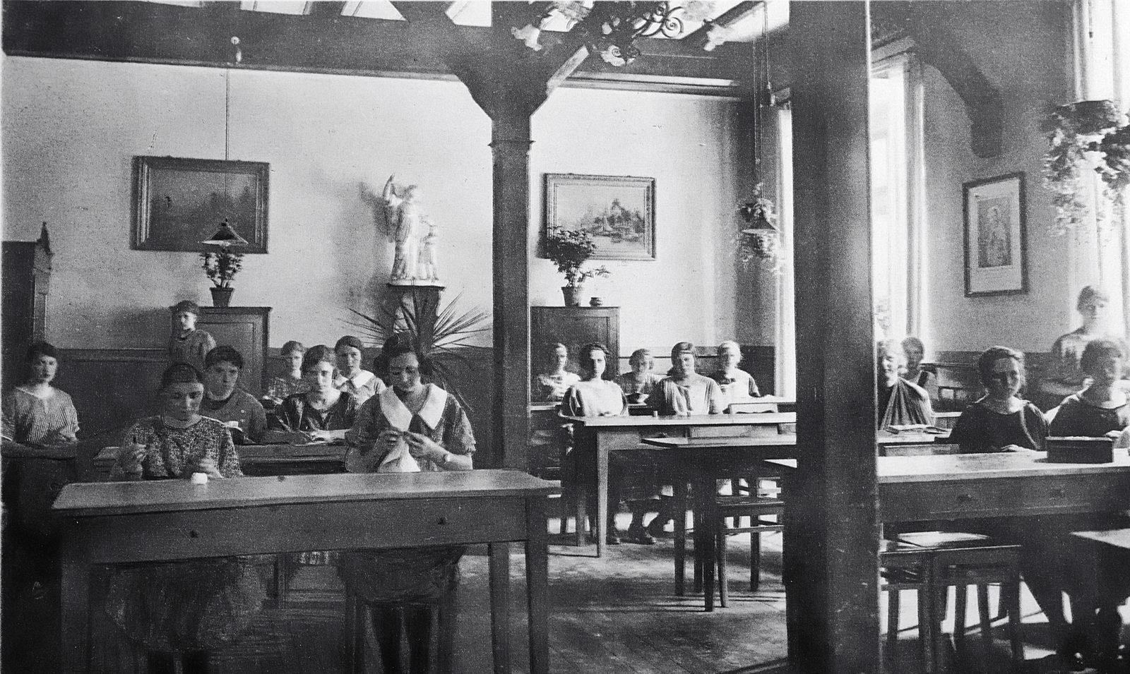 1925 Handarbeit_1600