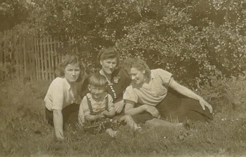 1940er MamaMiaHelmut
