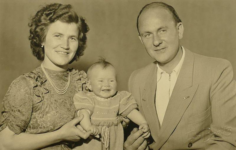 1952 PapaMamaGabriele
