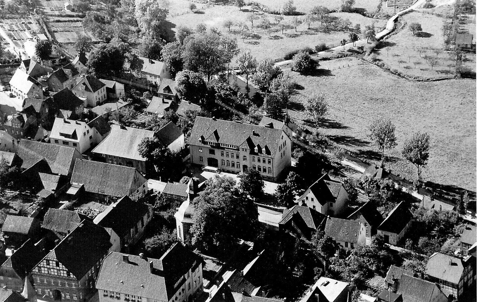 1960 Mädchenschule1600