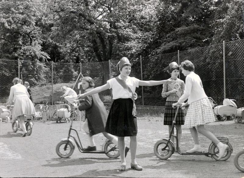 1960er Verkehrserzhg_800