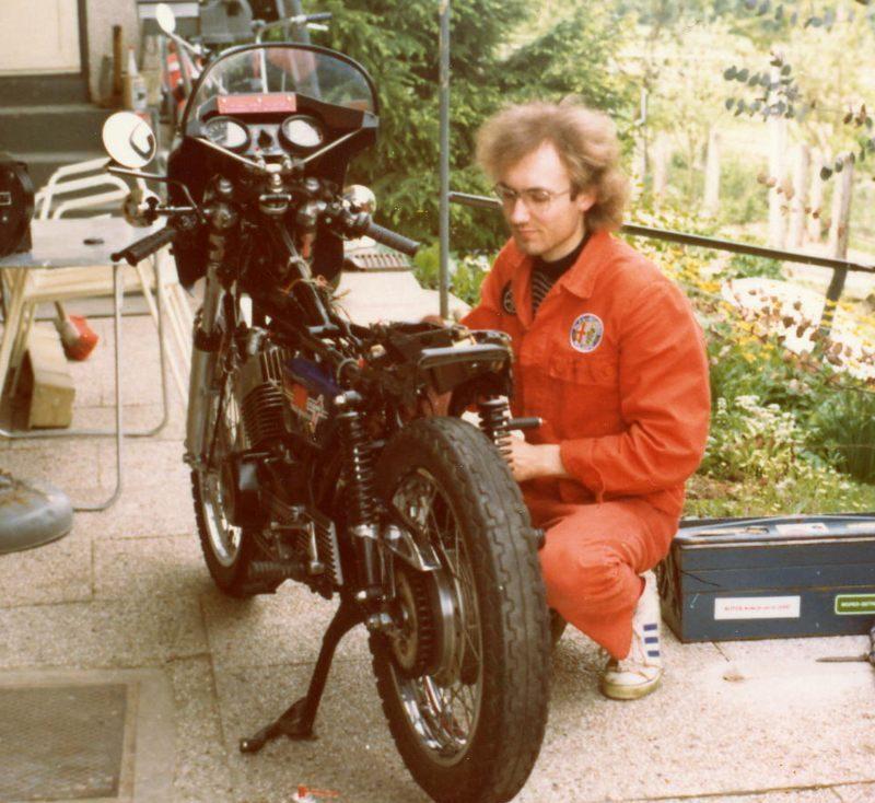 1977 RD hinterm Haus FW800