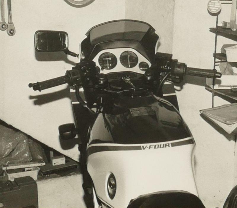 1983 Honda VF750F b