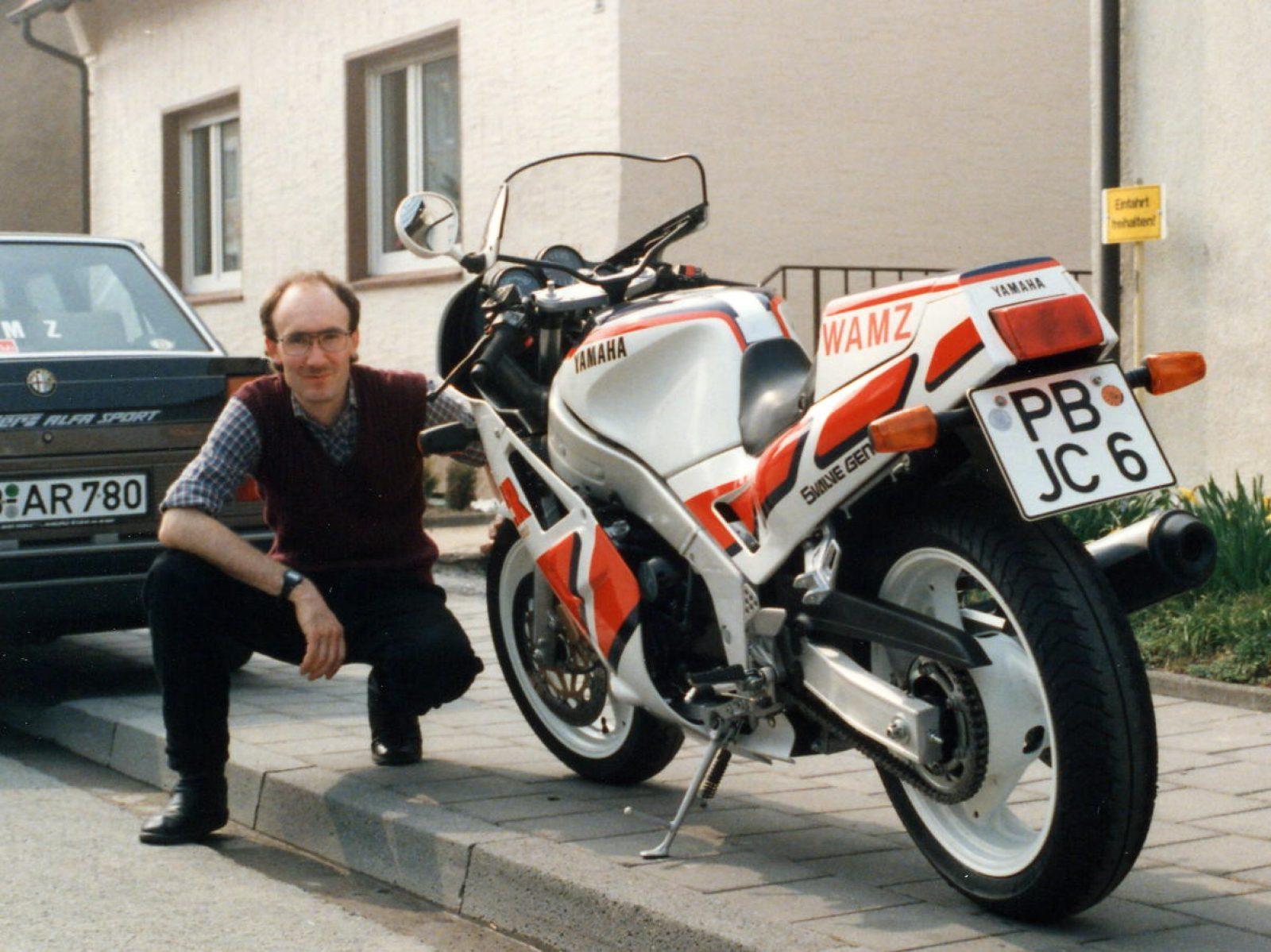 1987 FZR1000 FW