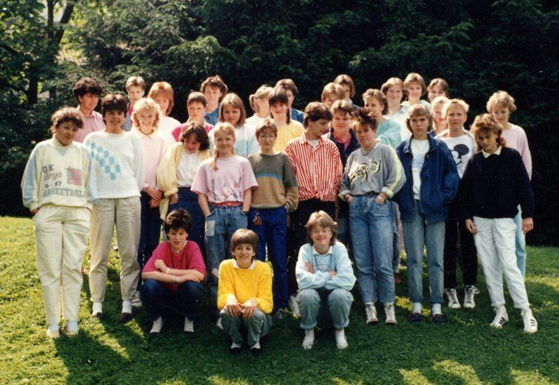 1987 R07a