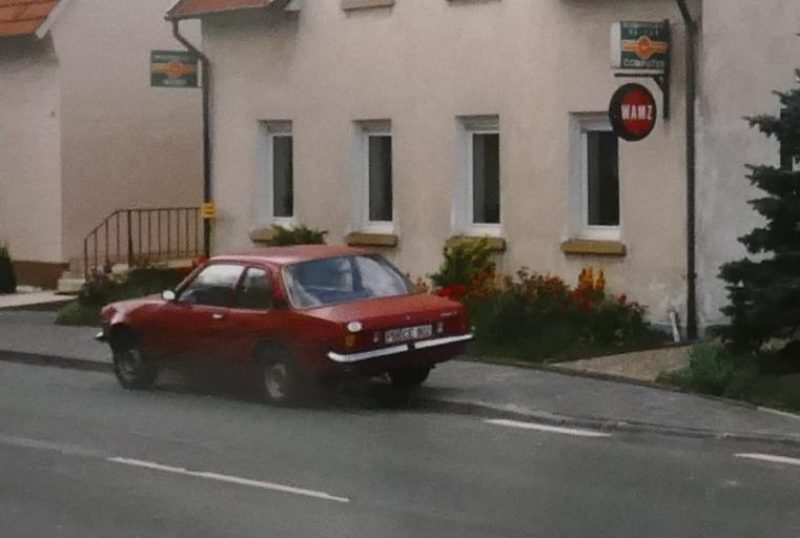 1990 Ascona II rot
