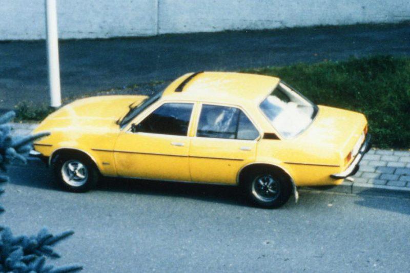 1993 Opel Ascona B gelb