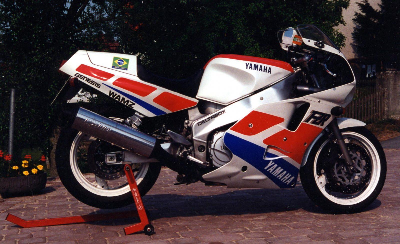 1994 Yamaha FZR1000