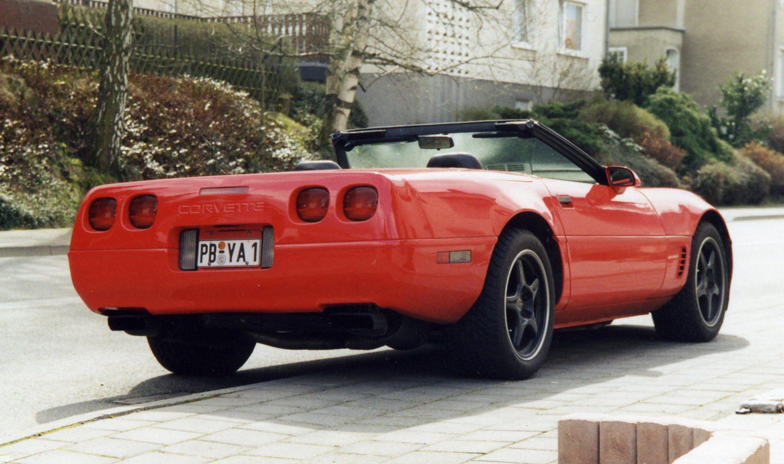 1999 Chevrolet Corvette C4 b