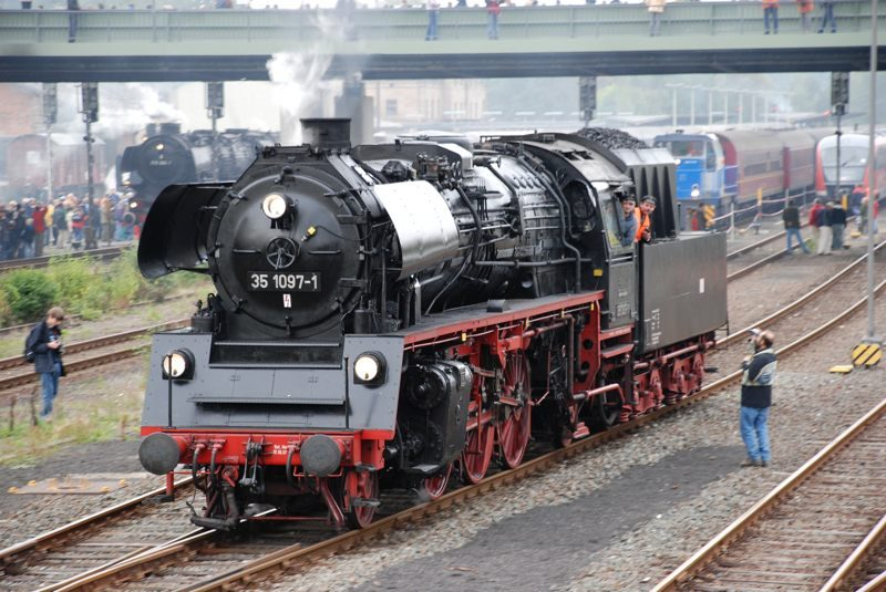 2008DDM14_800