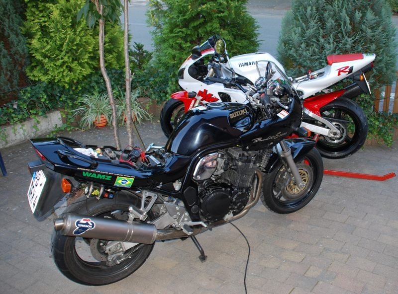 2009 Bandit u R1_800