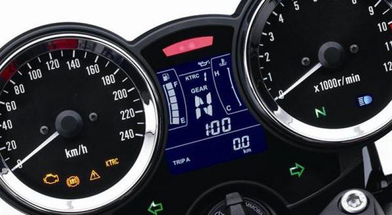 2010er Kawasaki Z900RS Instrumente