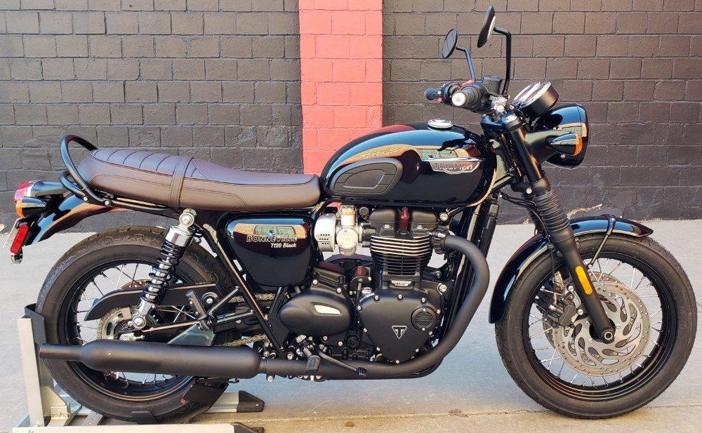 2010er Triumph Bonneville T120 Black