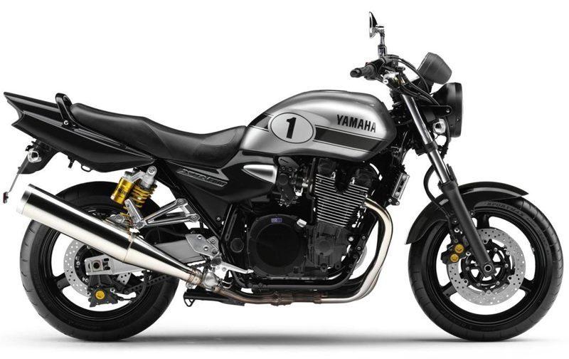 2010er Yamaha XJR1300 B2