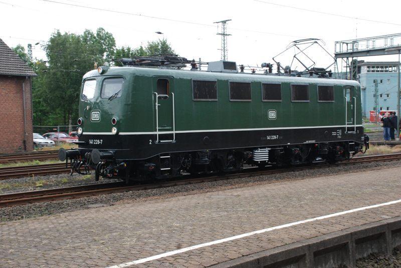 2011Alt05_800