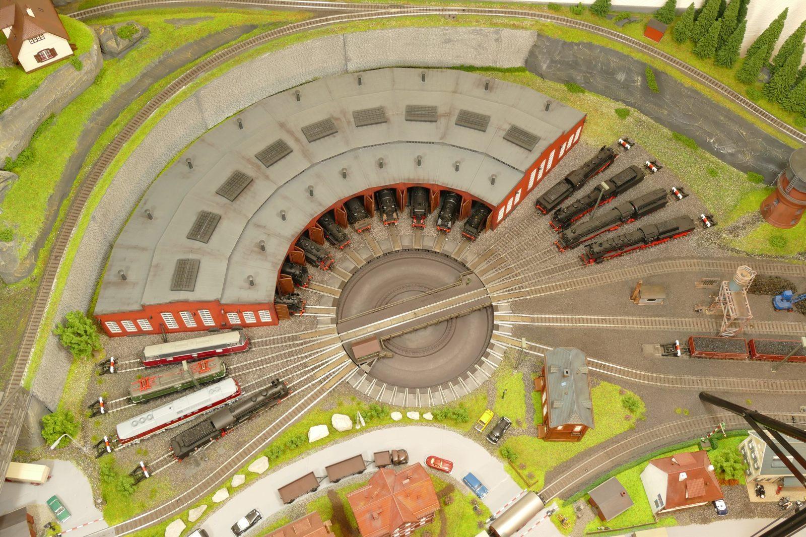 Luftaufnahme des Bw-Lokschuppens