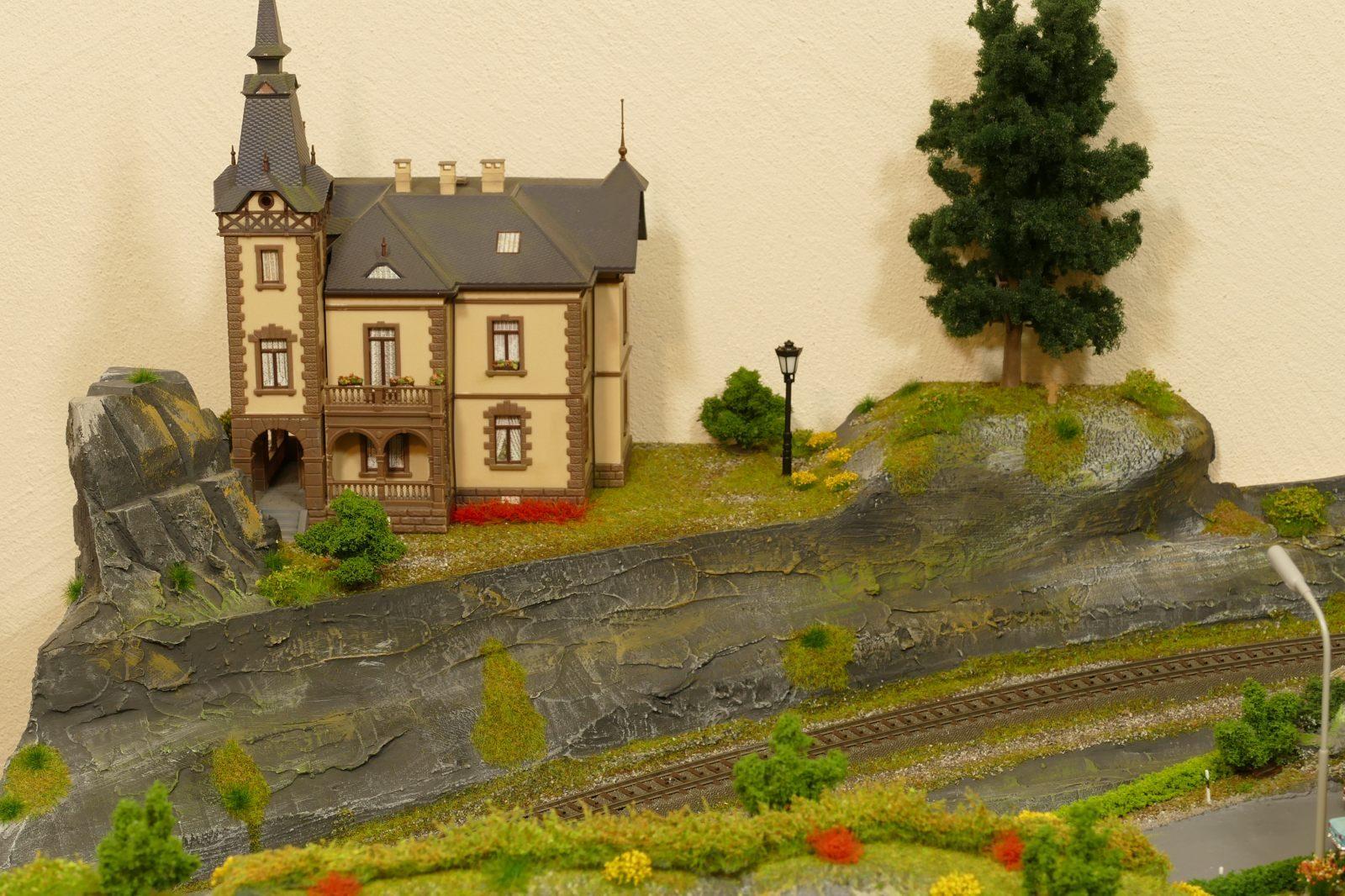 Die Villa auf dem Hügel