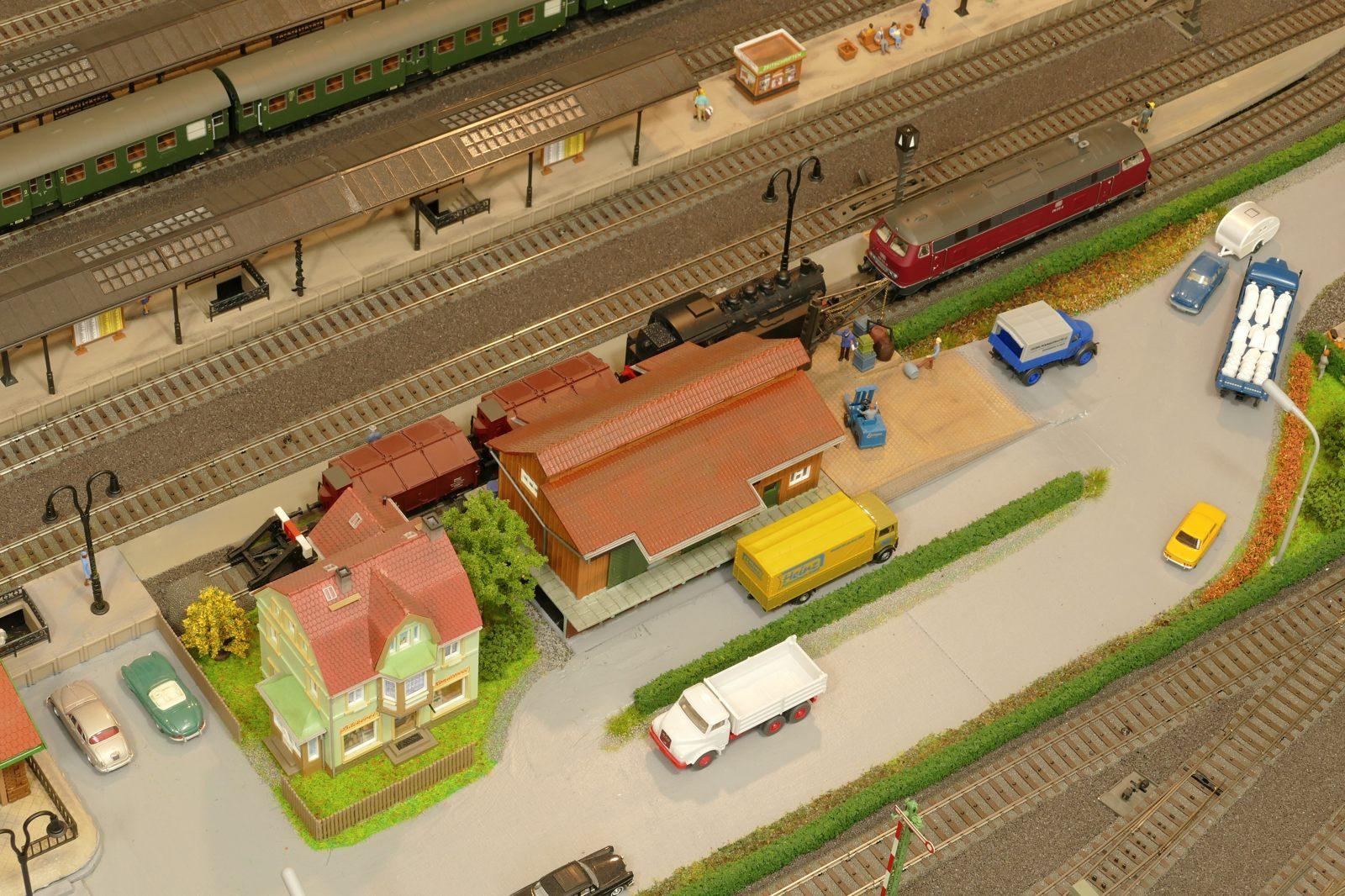 Güterabfertigung am Hbf