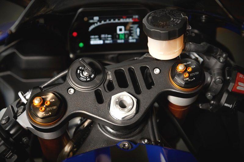 2019er Yamaha YZF R1M Cockpit