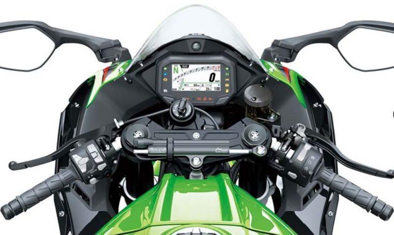 2021er Kawasaki ZX10R Cockpit