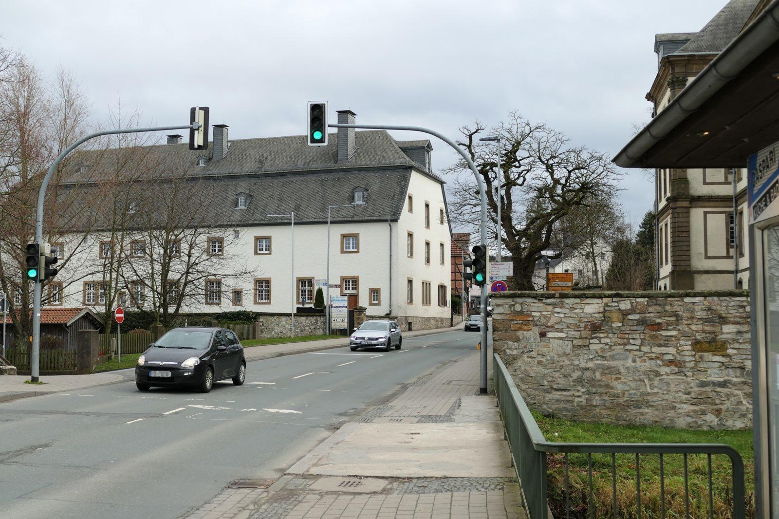 Eine der vielbefahrenen Straßen