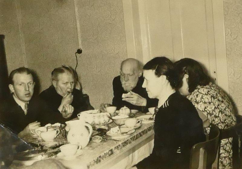 BS 1957 Ahmer2