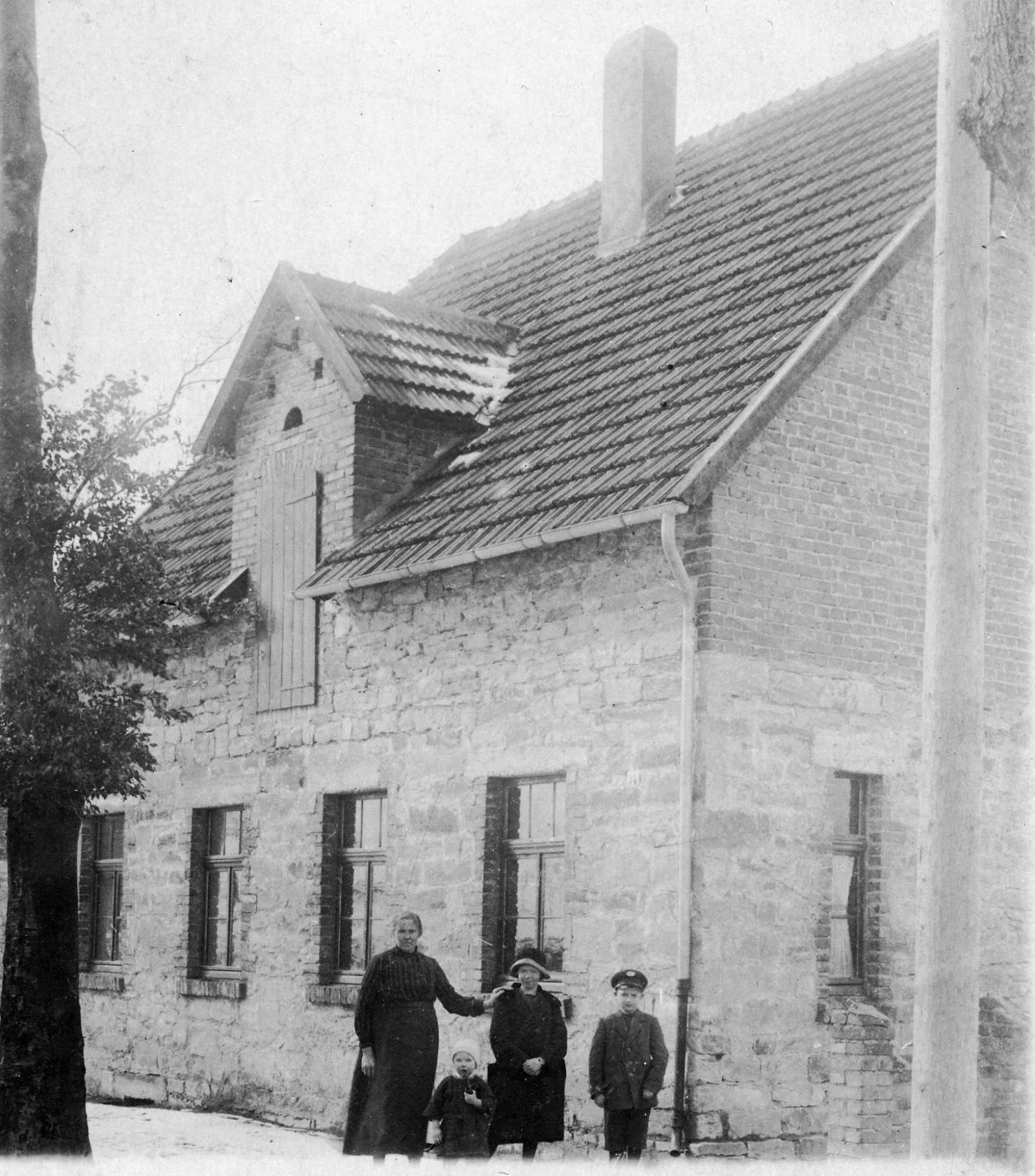 WH 1927